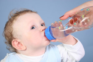 Baby-drink-water
