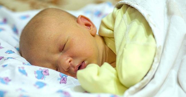 Baby jaundice treatment at home