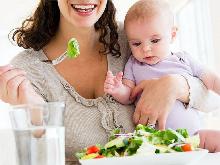 diet of a breastfeeding mother